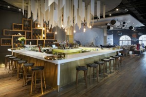 Best-Interior-Designers-Top-restaurant-designs-thomas-dariel-lady-bund-2